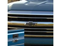 GM Front and Rear Bowtie Emblems in Black - 84346558